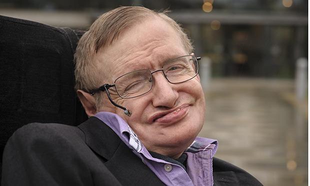 """Stephen Hawking: """"Enquanto houver vida, haverá esperança"""""""