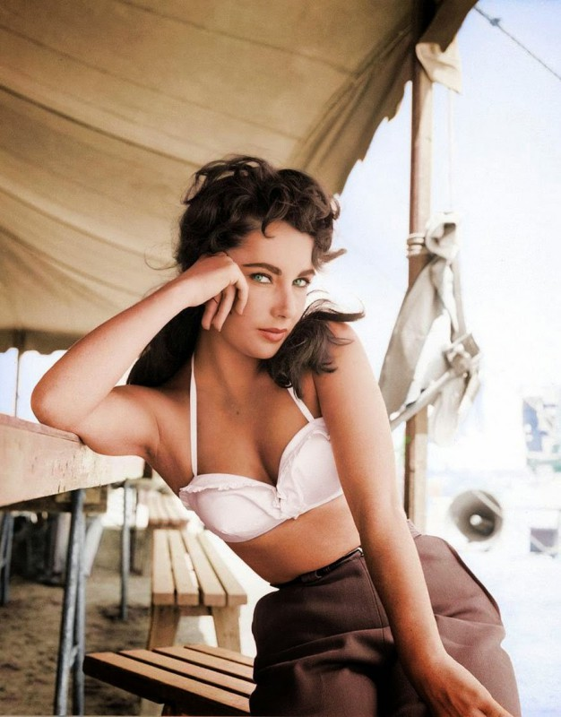 Elizabeth Taylor in the movie Giant, 1956.