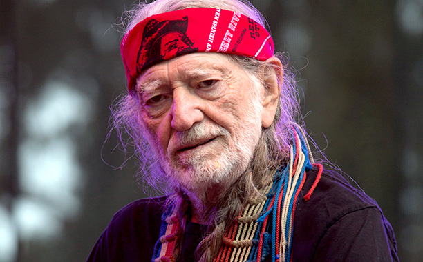 Willie-Nelson_mrijuana quotes