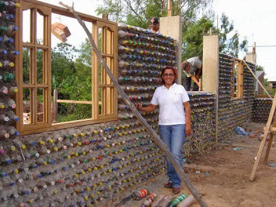 house_from_plastic_bottle_2
