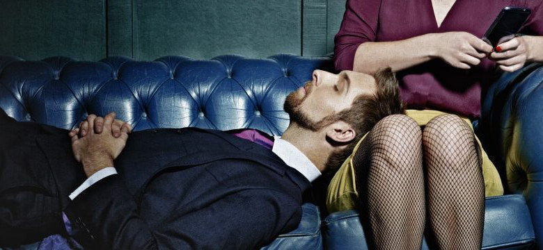 9-signs-your-career-is-killing-your-relationship