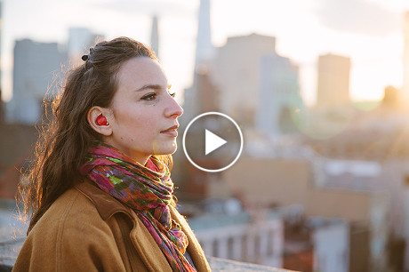 Device inside the ear translates languages in real time!-1-