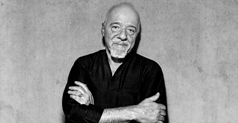 a-powerful-lesson-ive-learned-reading-paulo-coelhos-alchemist