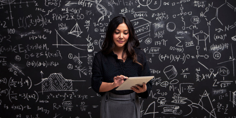 science-confirms-men-are-petrified-of-smart-women