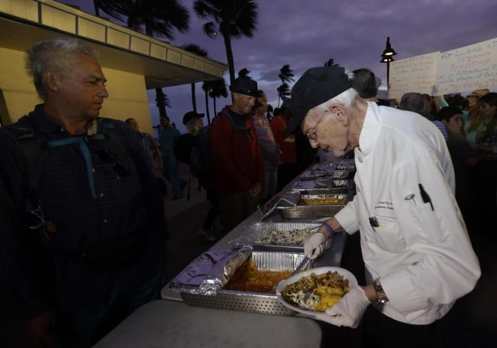 feeding-homeless-arrests-1