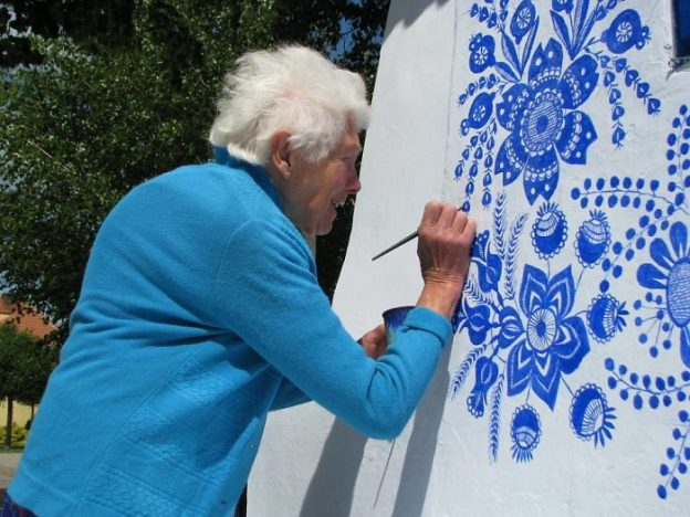 90 Year Old Czech Grandma Transforms a Village Into An Art Gallery.15