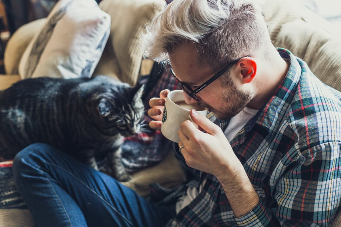 Talking To Your Pets And Naming Your Car Are Signs Of Intelligence (According To Science)