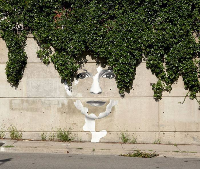 15+ Amazing Photos Of Street Art Fusing With Nature-5
