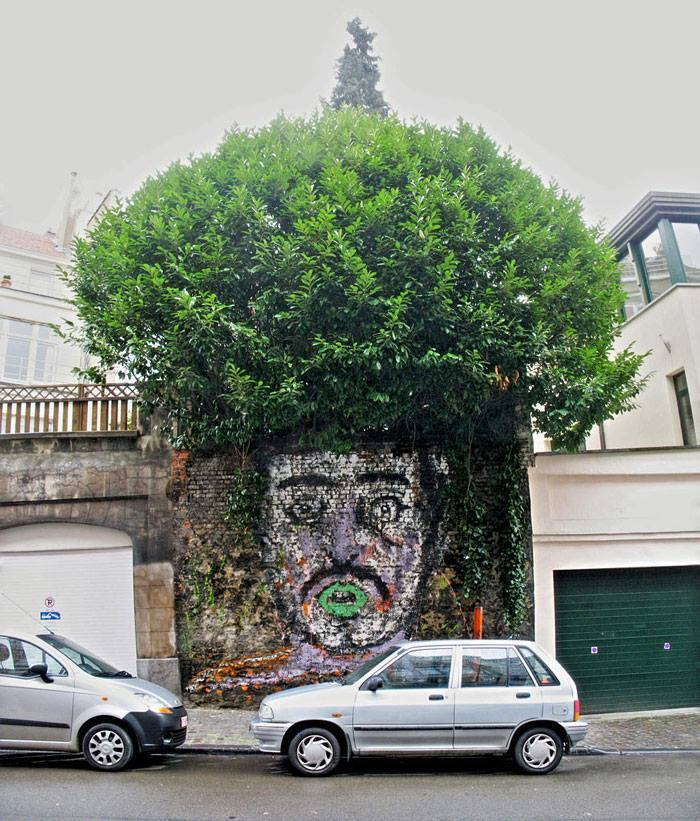 15+ Amazing Photos Of Street Art Fusing With Nature-6