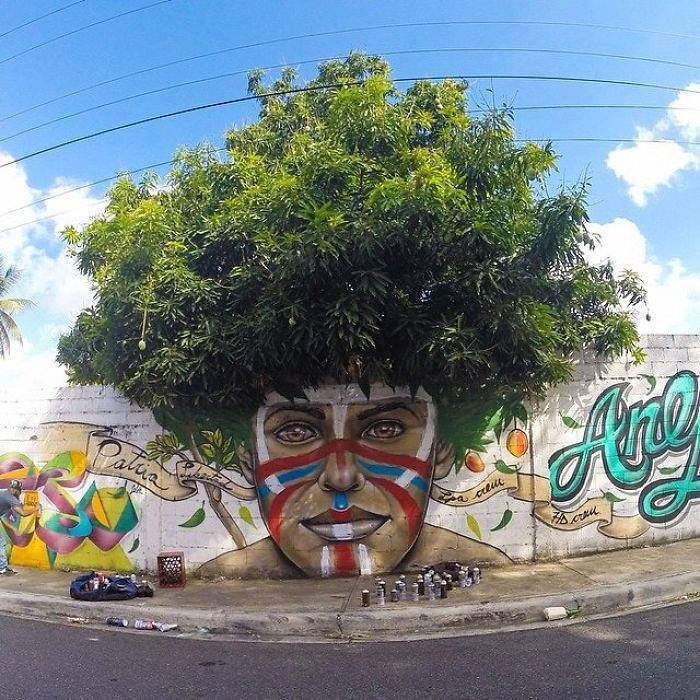 15+ Amazing Photos Of Street Art Fusing With Nature-9