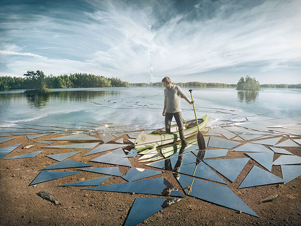 19. A clever idea of a shattered glass lake.-1