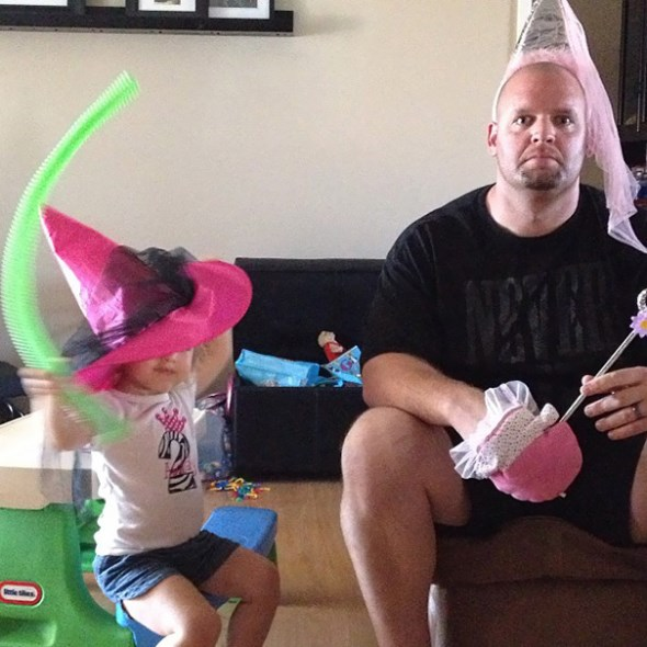 These Hilarious Dads Will Do ANYTHING For Their Daughters-14