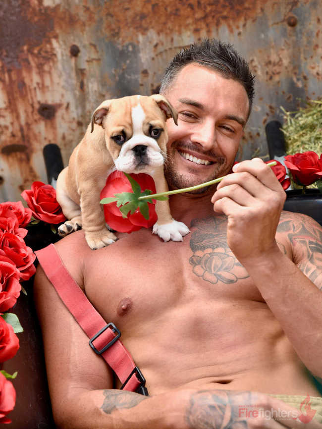 Australian Firefighters Pose Topless With Animals For 2019 Charity Calendar - 20