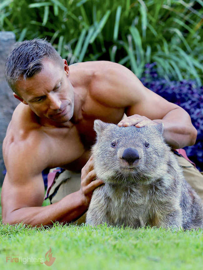 Australian Firefighters Pose Topless With Animals For 2019 Charity Calendar - 5