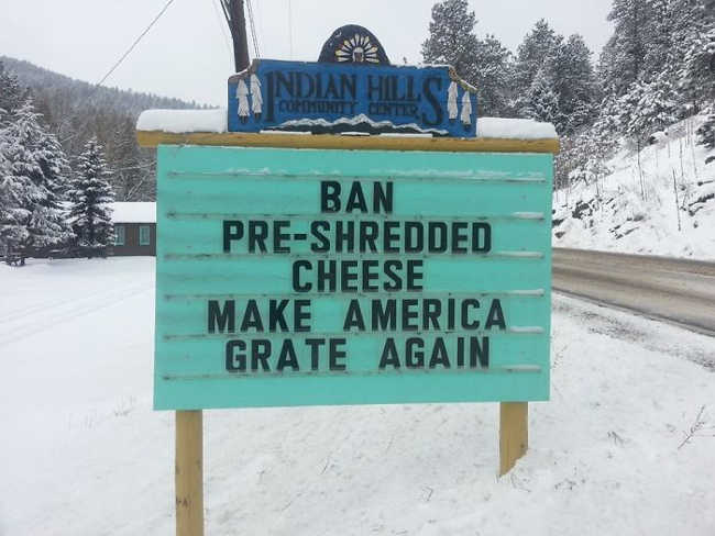 Funniest Signs Are Covering the Streets of Colorado - 14