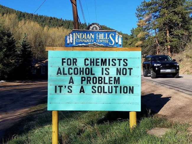 Funniest Signs Are Covering the Streets of Colorado - 15