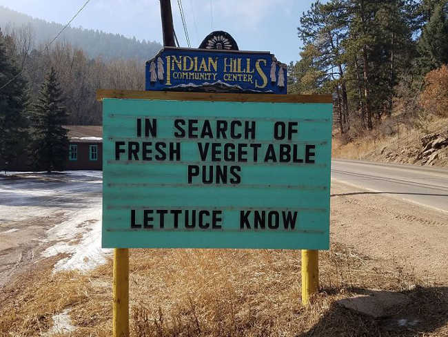 Funniest Signs Are Covering the Streets of Colorado - 24