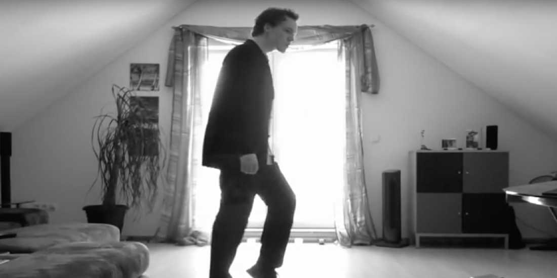 Spectacular Moves on Home Camera takes the Internet by Storm Svent Otten