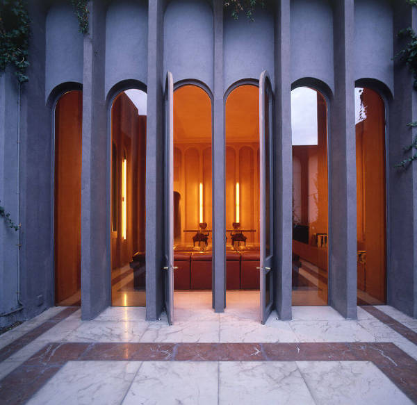 Architect Turns Old Cement Factory Into His Home, And The Interior Is Mindblowing - 3