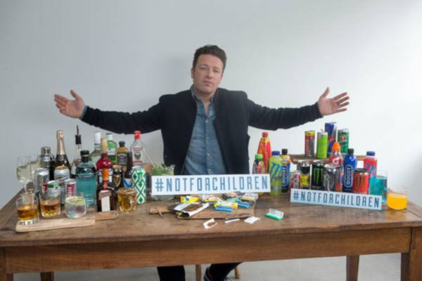 Jamie Oliver against energy drinks