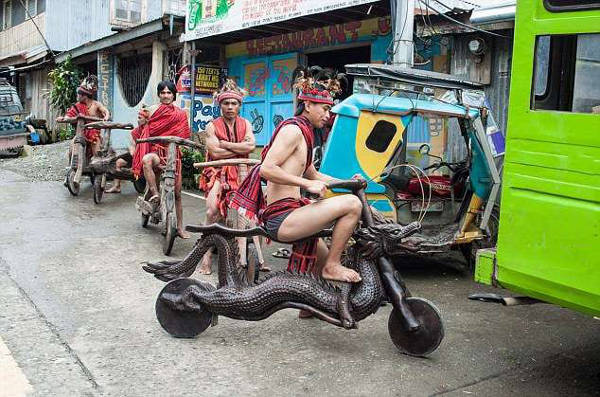 This Native Tribe In The Philippines Creates Hand-Carved Wooden Bikes - 4