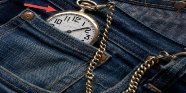 1.Small pockets on your jeans