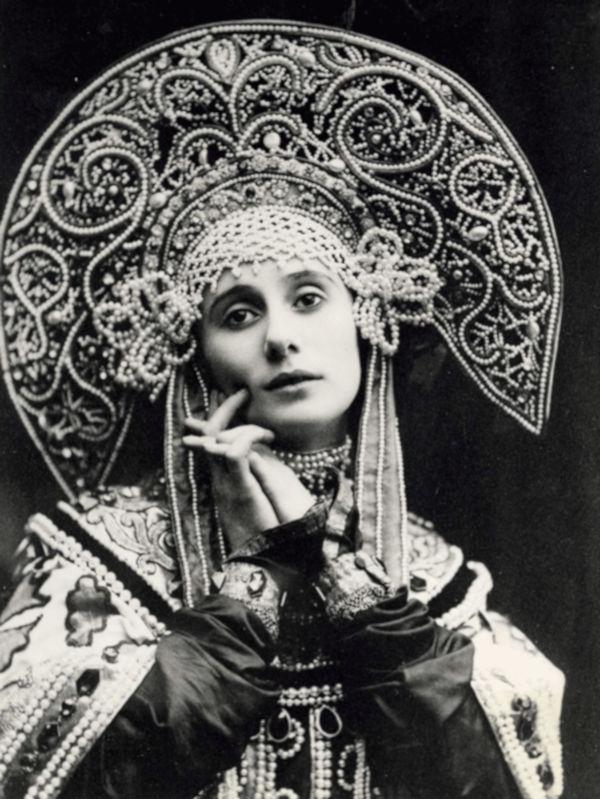 11.-Anna-Pavlova