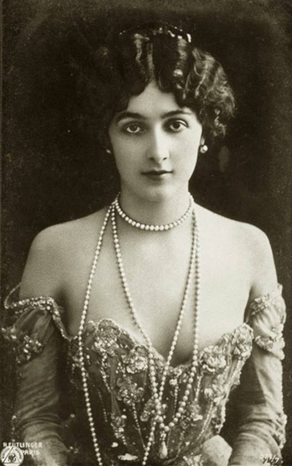 2. Lina Cavalieri