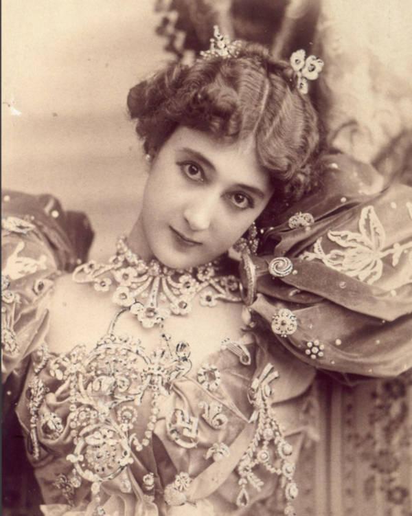 5. Carolina Otero