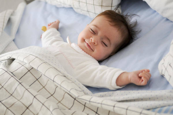 7. Acclimatize The Child To Sleep By Themselves