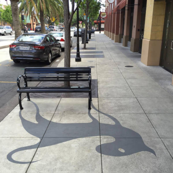 Creative Street Artist Adds Fake Shadows To Confuse People - 1