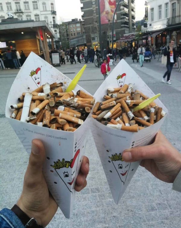 Volunteers Pick Up 300,000 Cigarette Butts In Brussels, Only In 3 Hours - 2