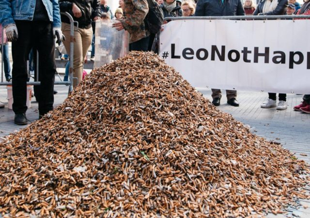 Volunteers Pick Up 300,000 Cigarette Butts In Brussels, Only In 3 Hours