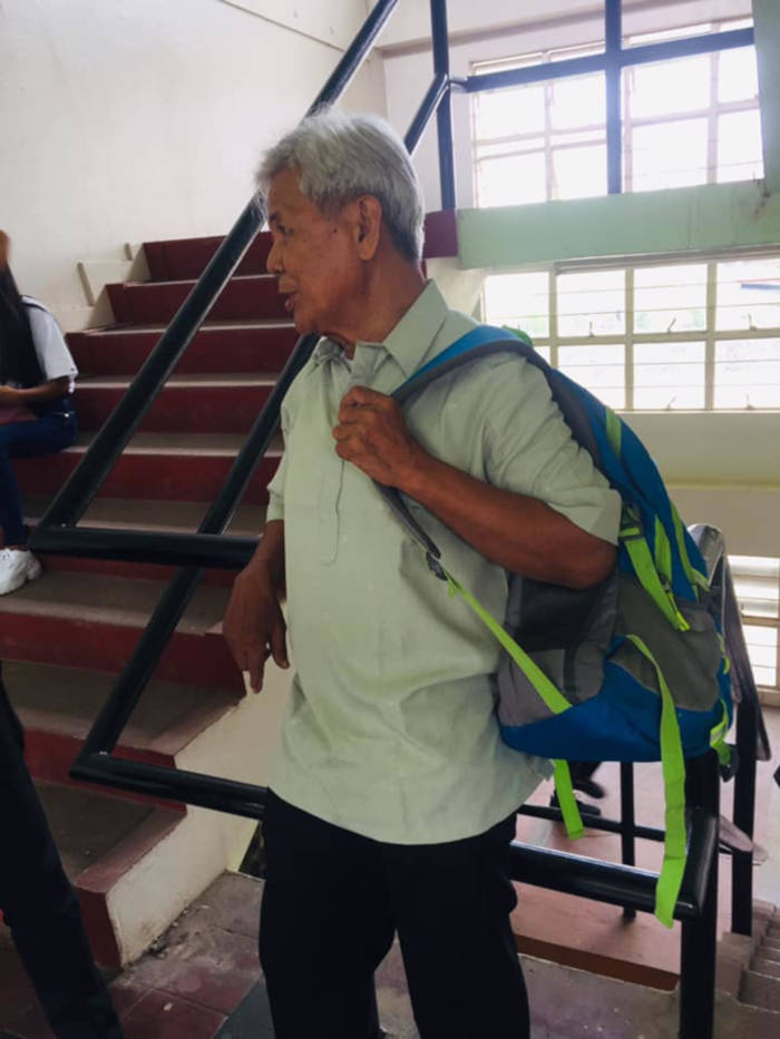 75-Year-Old Grandpa Joins University, Goes Viral As Freshman PolSci Student - 2