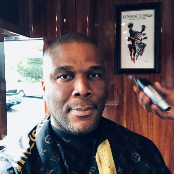 Tyler Perry Sends Supplies And Aid With His Personal Plane To The Bahamas - 3