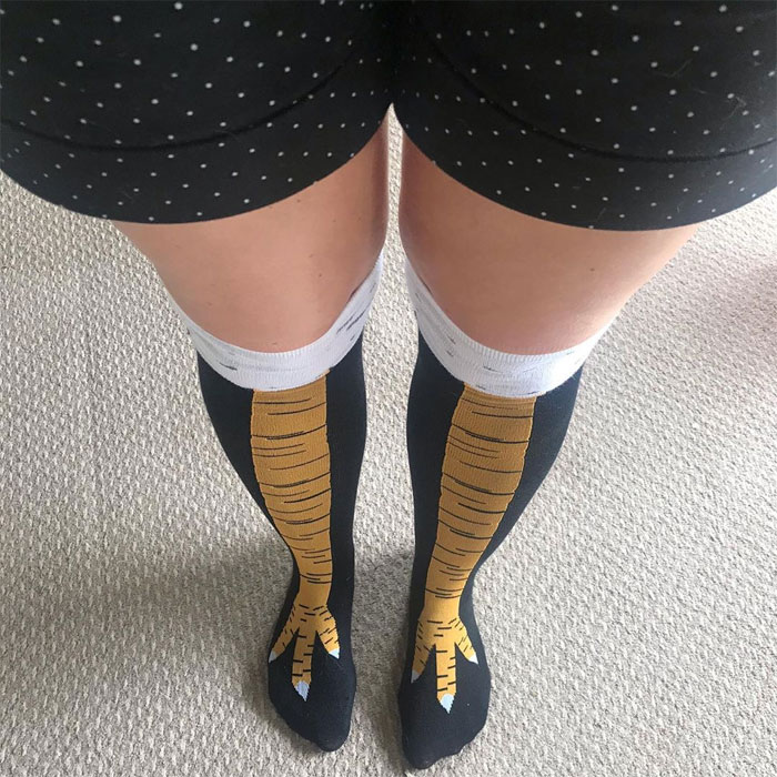 19 Funny Photos Of People Wearing Chicken Leg Shocks - 17
