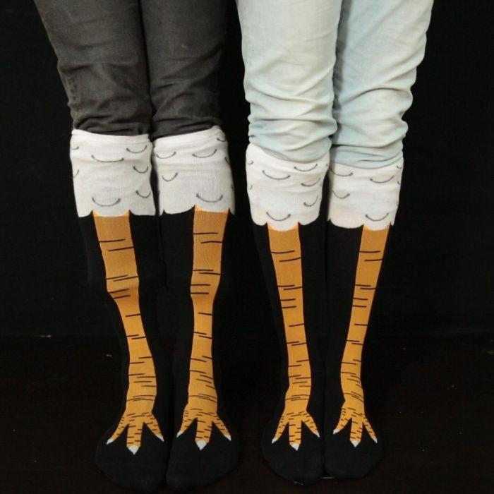 19 Funny Photos Of People Wearing Chicken Leg Shocks - 5